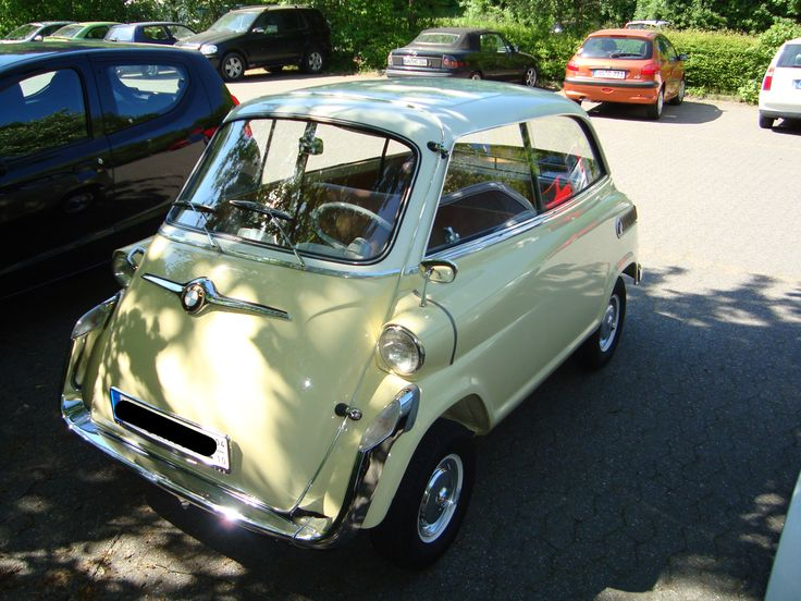 17 best images about bmw isetta bmw 600 and bmw 700 on. Black Bedroom Furniture Sets. Home Design Ideas