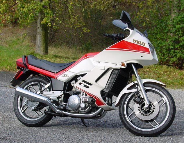 Speed Block style: A Yamaha XZ 550 restomod   Yamaha motor