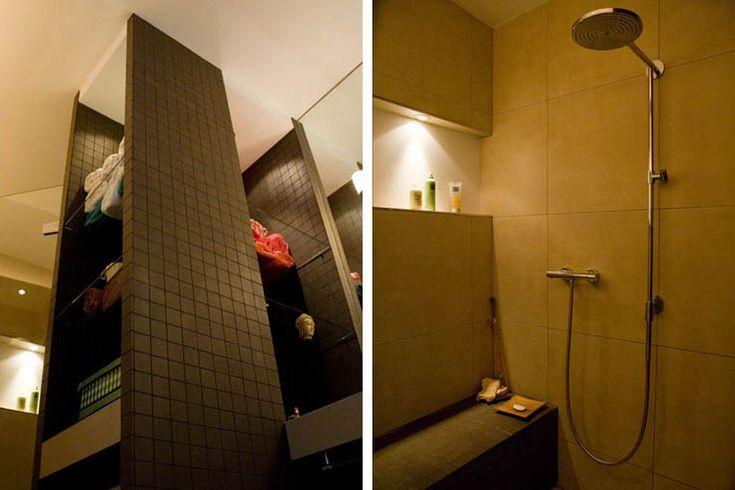 Maatwerkkast badkamer  Douche in Oosterse sfeer met betegelde zitbank