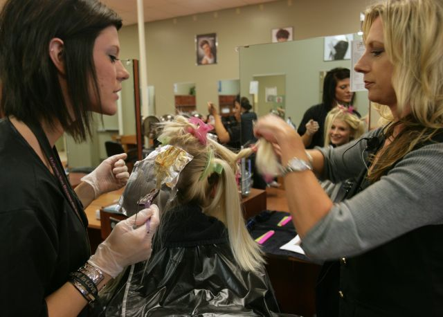 With more cosmetology schools per capita than almost any metro area, any Twin Cities resident is within an eyelash of a cheap haircut, facial or manicure. How about a haircut and shampoo for $2.50?
