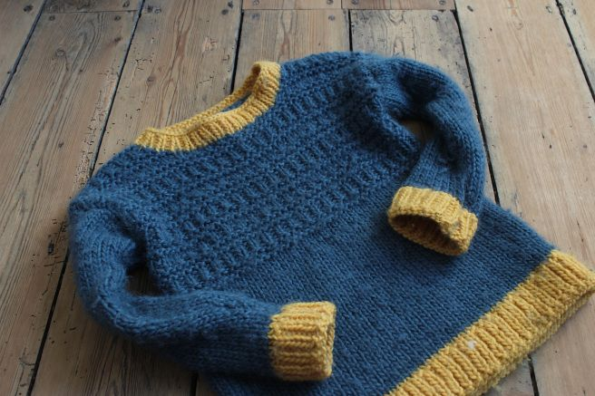 Knitting Patterns For Jumpers For Toddlers : Handknit toddler jumper, free pattern Knitting tips Pinterest Toddlers,...