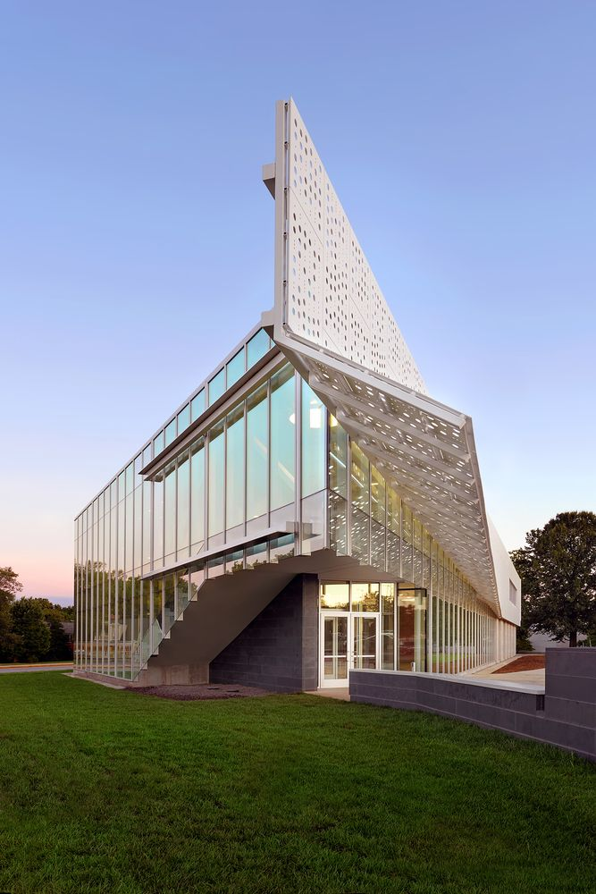 Gallery of Davis-Harrington Welcome Center / Dake Wells Architecture - 10