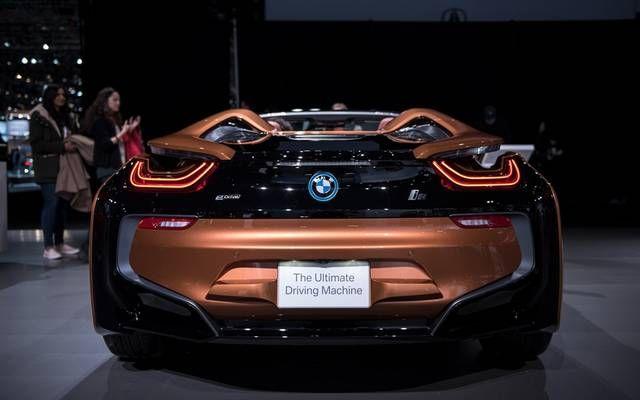 بالصور أفضل 6 سيارات في العالم 2018 أعلنت منظمة دبليو سي أو تي واي عن قائمة أفضل 6 سيارات في العالم لعام 2018 وكشفت ا Sports Car Vehicles Car
