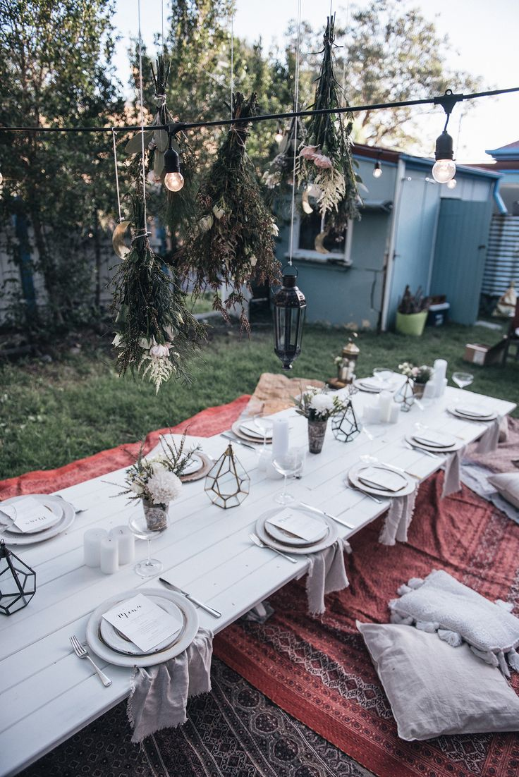 how to host / decorate an outdoor bohemian dinner party | Spell Designs