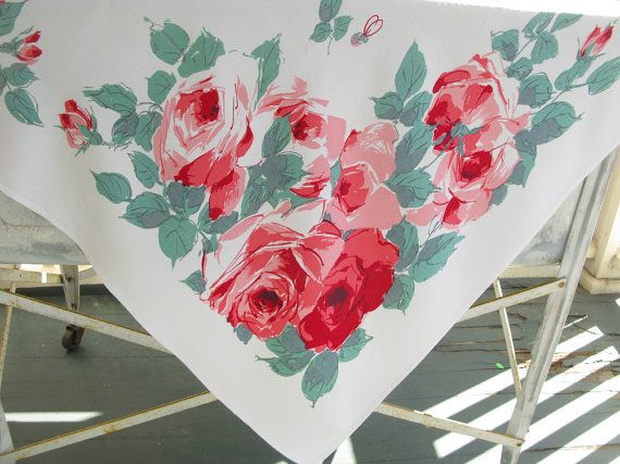 Delightful Vintage Floral Tablecloth, Cotton, Flowers, Print, Red Pink: Red Pink,