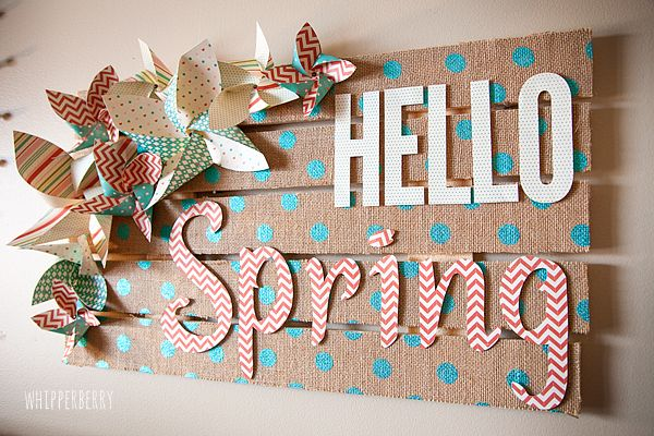 Hello Spring Burlap Palette Sign from #whipperberry #elmersglue #explorecricut