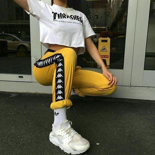 25 + › Pinterest // Carriefiter // 90er Jahre Mode Street Wear Street Style Fotografie St …