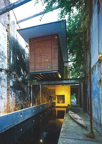 Heeren street shophouse google search architecture for Architecture design malaysia house