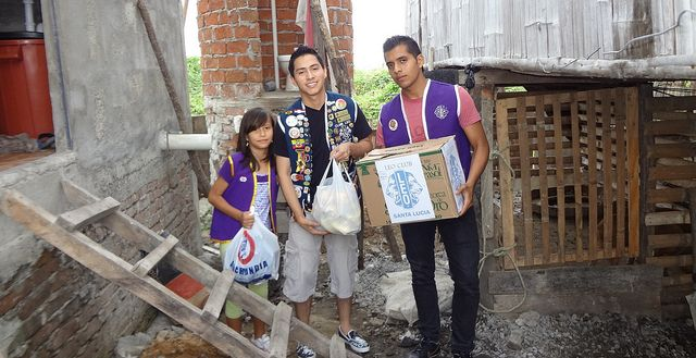 Leo Club Santa Lucía (Ecuador)   Leos Delivered Food and Grooming Products Staples to Physically Handicapped Girl in  Severely Poor Health.