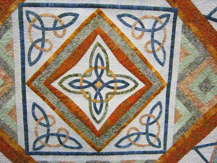 306 best images about Patchwork celtic knot_keltsk? uzol on Pinterest Knots, Quilting stencils ...