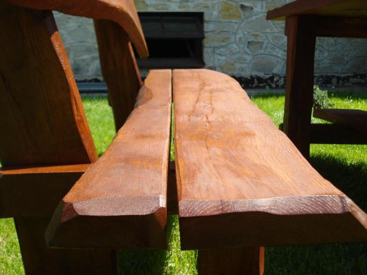 Hochwertige Gartenmöbel aus Massivholz
