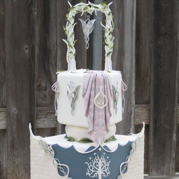 27 Gorgeous Wedding Cakes That Are Almost Too Pretty To Eat