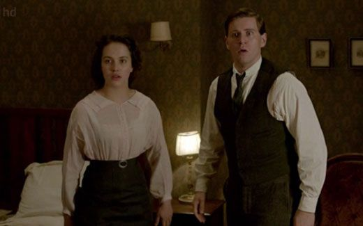 Branson and Sybil caught eloping on Downton Abbey Season 2 Episode 7
