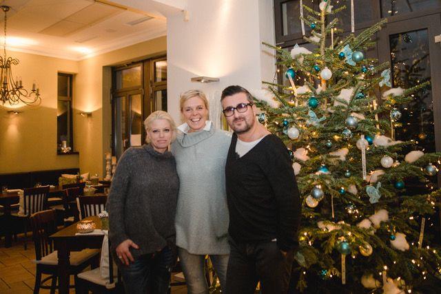 Wir wünschen zauberhafte Weihnachtsfeiertage und einen guten Rutsch in ein glückliches Jahr 2017. Euer Auerstein - Team