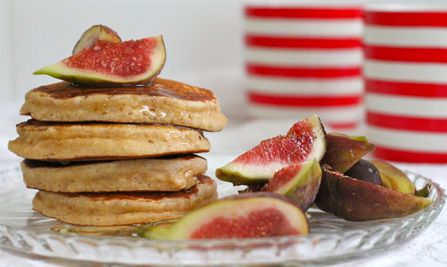 Ricotta pikelets with figs and honey
