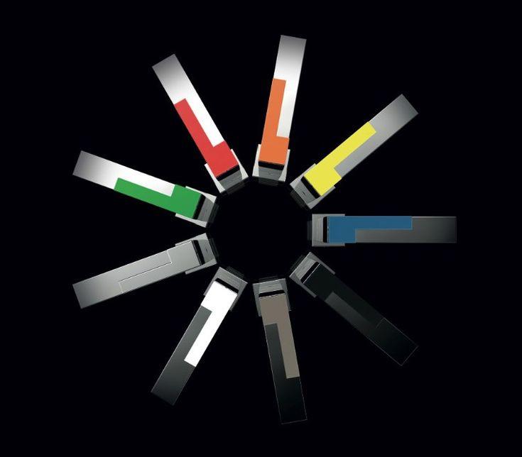 Rubinetti con miscelatori colorati Color Cube, design Marco Pisati
