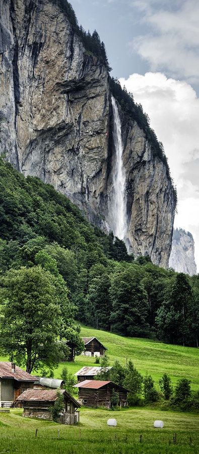 Lauterbrunnen, Switzerland                                                                                                                                                                                 Más
