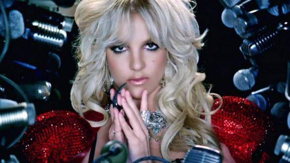 """Clipe de """"Hold It Against Me"""" completa 5 anos! Relembre o sucesso de Britney Spears #Billboard, #Britney, #BritneySpears, #Cantora, #Carreira, #Clipe, #Destruição, #Diretor, #Disco, #Hot, #Hot100, #Loira, #M, #Madonna, #Mundo, #Música, #Noticias, #Pop, #Popzone, #QUem, #Sucesso, #TaylorSwift, #Terra, #Vídeo http://popzone.tv/2016/02/clipe-de-hold-it-against-me-completa-5-anos-relembre-o-sucesso-de-britney-spears.html"""