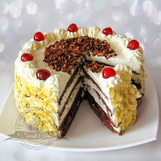 Niemiecki tort wiśniowy | Świat Ciasta