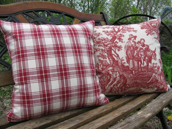 Country Life Pillows in Burgundy and White  by supplierofdreams, $44.00: Pillows Covers, Life Sets, Covers Country, Pillows Talk, Country Life, Etsy Finding, Pillows Bring, Life Pillows, Rooms