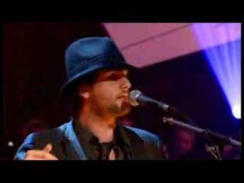 Bellowhead perform 'Rigs of the Time' from 2006