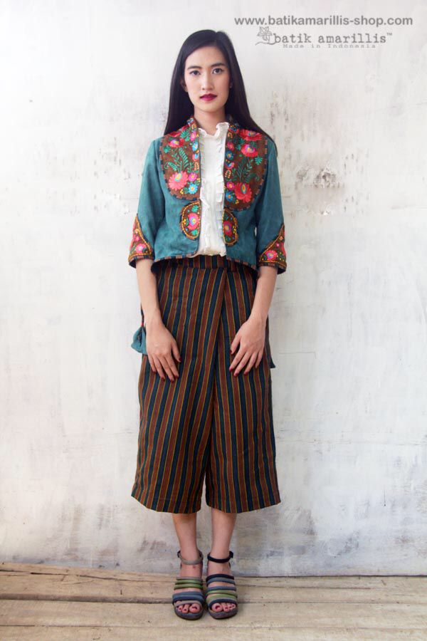 Batik Amarillia made in Indonesia proudly presents :Batik Amarillis's Arcana embroidery jacket #3 & blogger wrap pants in gorgeous Lurik Surjan  of Jogjakarta-Indonesia Stand out in the crowd with this unique and stunning jacket!this contemporary & yet vintage style is accented with exquisite full Hungarian embroidery also features 4 triangle arcana tassels to complete the whole extravangant work of art!.