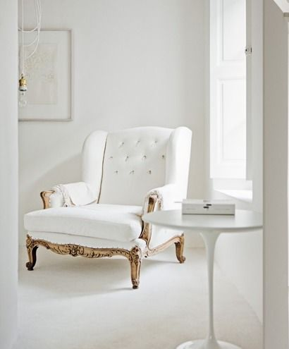 my scandinavian home: White rustic /shabby chic home with modern surprises