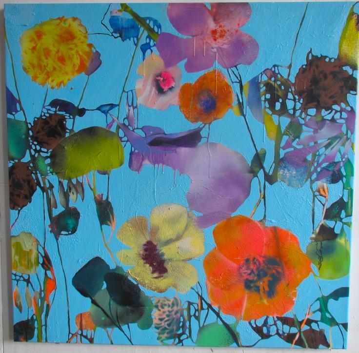 Oil and spray on canvas.  100x100 cm