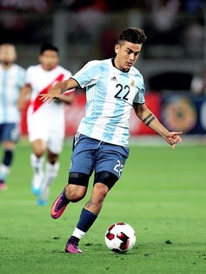 1a5bdde4ddd Paulo Dybala in a Russia 2018 World Cup qualifying match with Argentina  National Team.