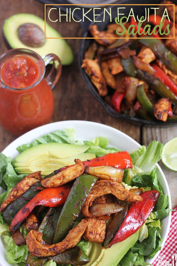 Chicken Fajita Salad / I think the fajita mix looks good just on it's own, but all of this is 21 Day Fix compliant.  Fajita mix (chicken = red container; veggies = green container(s)...and if it equals to the 4 servings then it would be less than a tsp of oil).  Salad (salad & salsa = green; 1/4 avocado = blue)