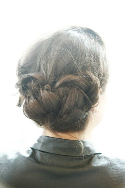 Easy DIY updos for summer weddings and every day!