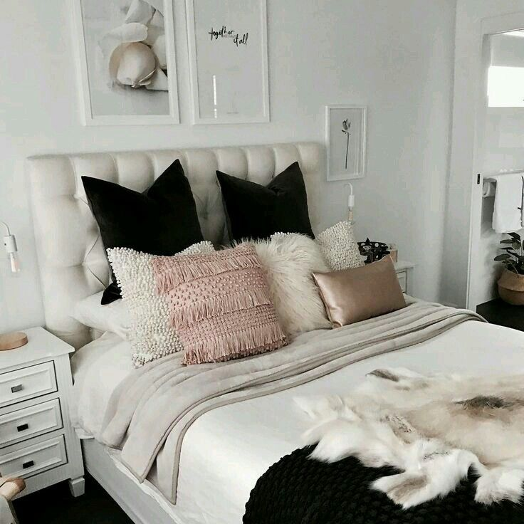 Pin By Bianca De La Rosa On First Home Ideas Home Bedroom