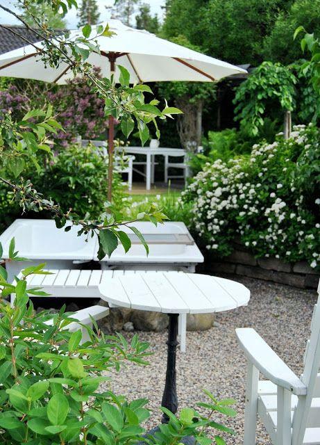 HANNAS: Badkar i trädgården ~ Utespa