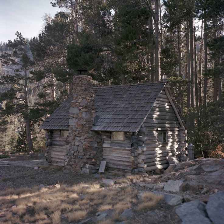 1000 Ideas About Old Cabins On Pinterest Rustic