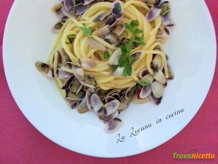 Spaghetti con telline, bottarga e zeste di limone  #ricette #food #recipes