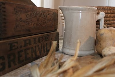 vintage country: Farmhouse Decor, Farmhouse Continuing, Country Primitive, Rustic Display, Vintage Country, Primitive Farmhouse, Rustic Country, Fine Farmhouse, Primitive Finding