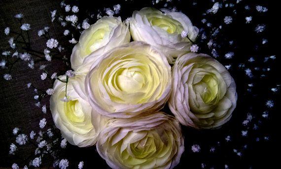 Ranunculus and Gypsophila Bouquet in Cream by AnnisFineThings