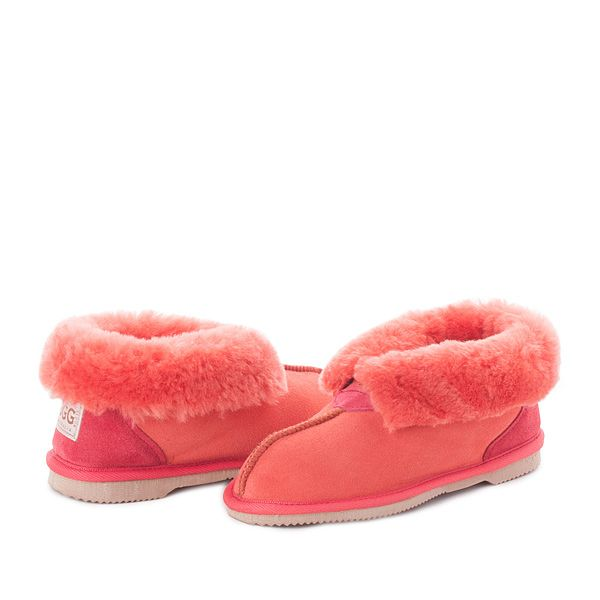 Red Clay UGG Slippers #red #clay #papaya #sheepskin #ugg #boots #slippers #uggboots #australia #aussie #australian