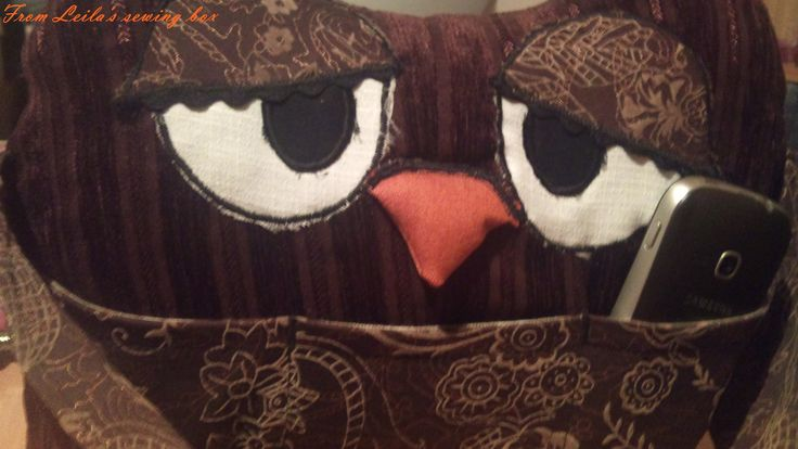 Cross mother owl pillow - he Huba