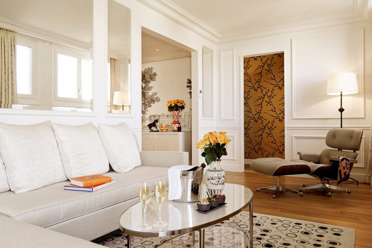 Gallery | Grand hotel du Palais Royal Paris