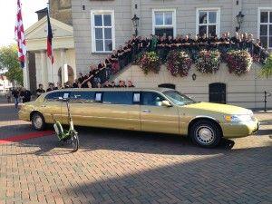 Gouden limousine