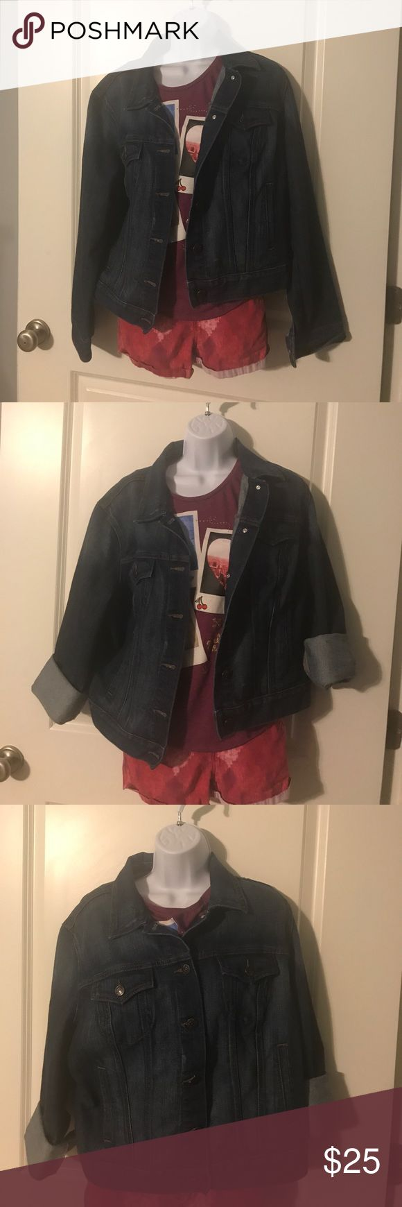 Old Navy jean jacket Super cute Old Navy jean jacket. Like new!! Old Navy Jackets & Coats Jean Jackets