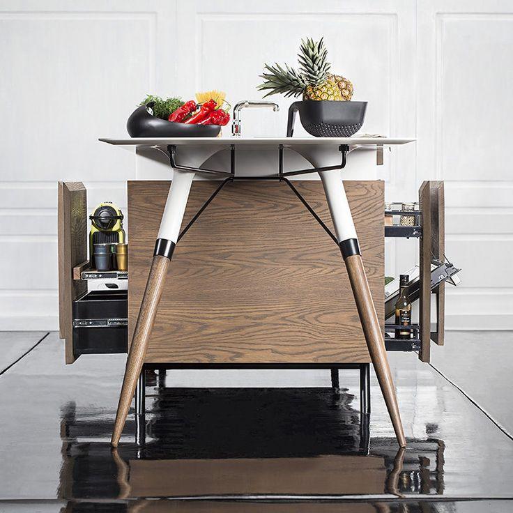 Эта автономная кухня назван Китч 'T® Compact кухни, и он был создан dsignedby.