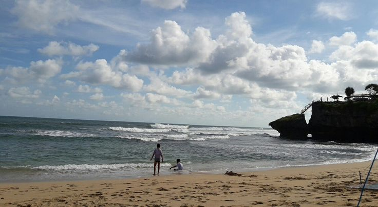 Brothers  Drini Beach - Jogjakarta  #minggu30april2017