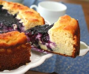 Blueberry Cream Cheese Coffeecake (low carb, gluten free),  net carbs per serving: 6
