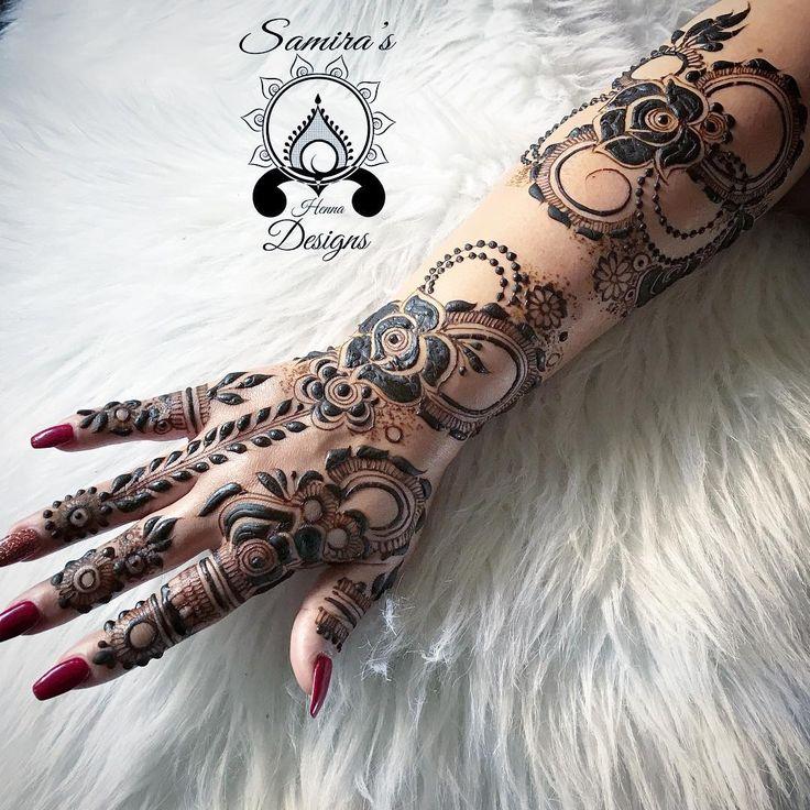 "1,743 Likes, 6 Comments - Ubercode: hennainspire (@hennainspire) on Instagram: ""How stunning is this beaut of a henna design by @kiransahib_henna . . . #henna #mehndi #whitehenna…"""