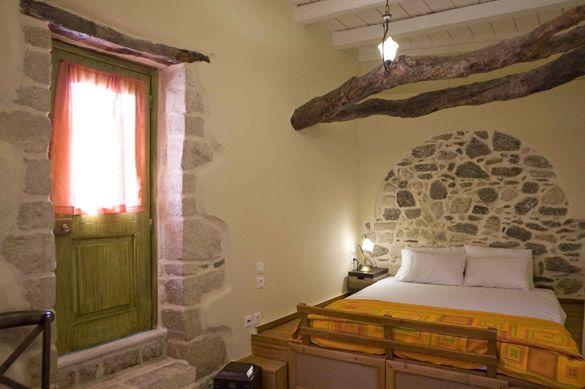 Traditional Cretan decor! Houses for sale and rent - Crete Holiday Villas mistsa.com