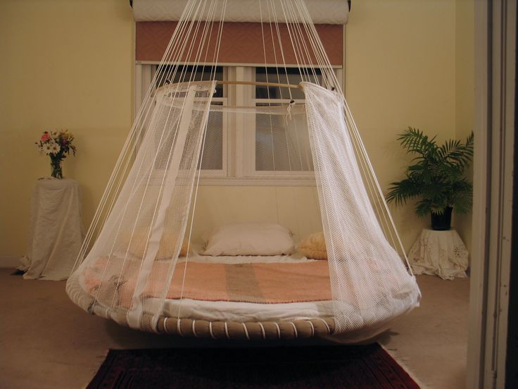 42 best beautiful spaces for dreaming images on pinterest for Hanging bed indoor