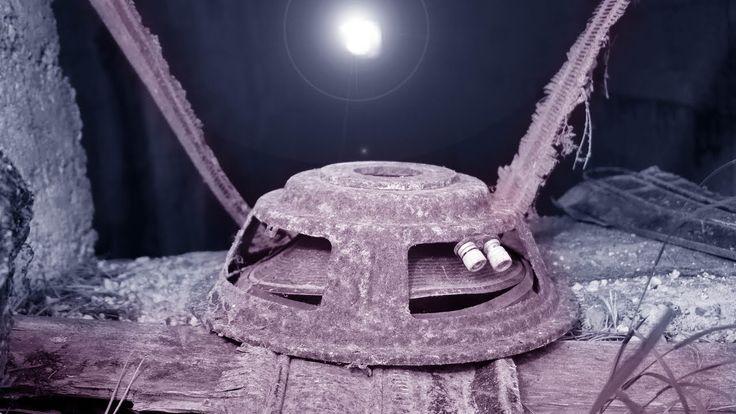 UNTERIRDISCH IM RUINENWALD - UFO - FLUGSCHEIBE - STOLLEN - BUNKER - SOND...