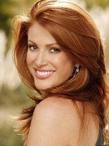 This is my new hair color. I'm embracing my ginger half. Now if only my stylist could give me Angie Everhart's legs too....